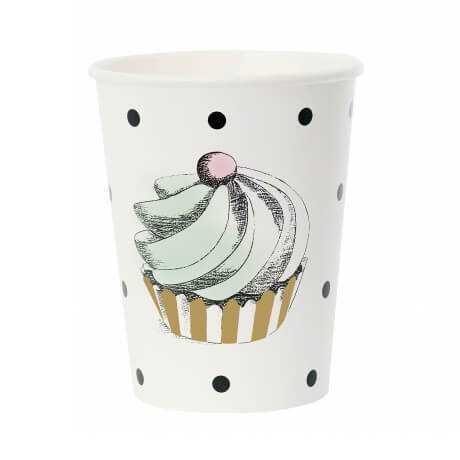 Бумажные стаканчики с пирожным