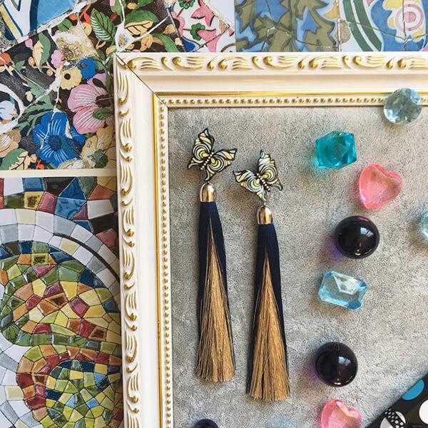 "Серьги-кисточки ""Fantasies of Gaudi"" (синий + бежевый)"