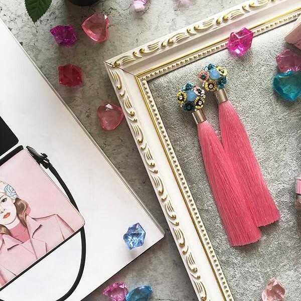 Розовые серьги-кисти