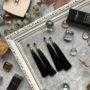 Черные серьги-кисточки
